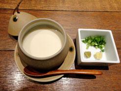 (写真1)自家製の「できたて豆腐」