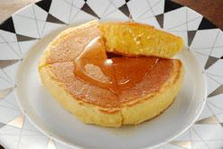 (写真2)ひそかな名物、ホットケーキ