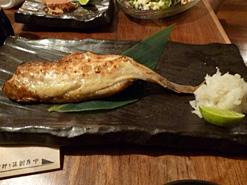 (写真3)提供されるのは日本食。このときはつぼ鯛をいただいた
