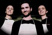 「クオキヴォランティ」の創設者の3人。アイデアと機動力で新しいタイプのデリバリー&ケータリングの流行を生み出している photo by CUOCHIVOLANTI