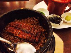 (写真3)鰻のひつまぶしは、日本の味とほぼ変わらないクオリティだ