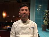 オーナーの石踊(いしおどり)トム氏。スウェーデンで居酒屋を始めたきっかけは、「自分が食べたい普通の日本食の店がなかったから」だという