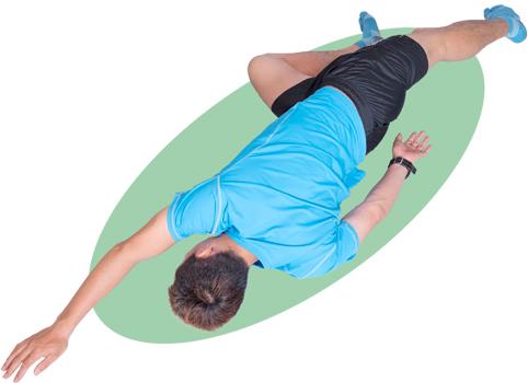 上半身をひねった側の腕は上に伸ばします。背筋もしっかり伸ばしてキープ。