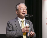「RED U-35」の発起人の1人で、株式会社ぐるなび代表取締役会長・CEO・創業者の滝久雄。表彰セレモニーに引き続いて行われた懇親会で乾杯の挨拶を述べた