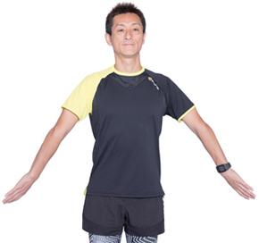 左右の手の平が逆になるように、腕を内側・外側とひねりましょう。