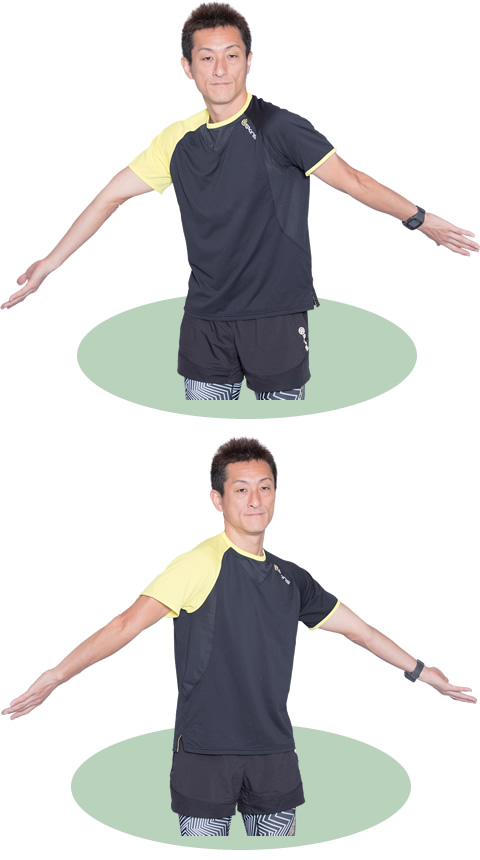 上体も軽くひねりながら、左右の腕をひねります。肩甲骨も動かすイメージで。