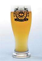 「スワンレイクビール」の産地、阿賀野産の食材を使った和食を提供。新潟の地酒も豊富に用意する
