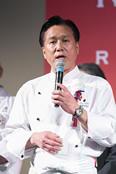 2017年、2018年の審査員長を務めた脇屋氏。審査方法が毎年変わる「RED U-35」の特徴を紹介して、その意義と役割、今後の発展へ期待を述べた