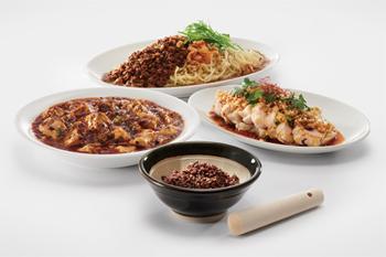 本場・四川の味に近い麻婆豆腐、担々麺などが人気に。中国原産の花椒(ホアジャオ)の新しい味覚や刺激に魅了される人々が増えたことが選定の理由に