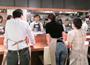 実技型の料理教室を毎月開催。シェフの料理との食べ比べや、ワインと合わせた試食も好評!