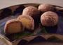 老舗和菓子店を代表する銘菓。上品な甘さで幅広い層を魅了